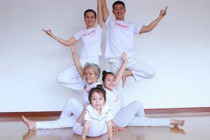 Miễn phí tập Yoga trị liệu, người cao tuổi