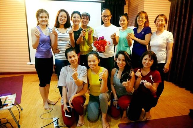Lớp giải phẫu học yoga