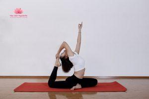 Sai lầm khi cố tập dẻo trong Yoga