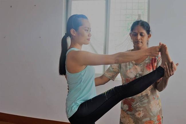 ashtanga yoga hlv Bùi Châu Đảo