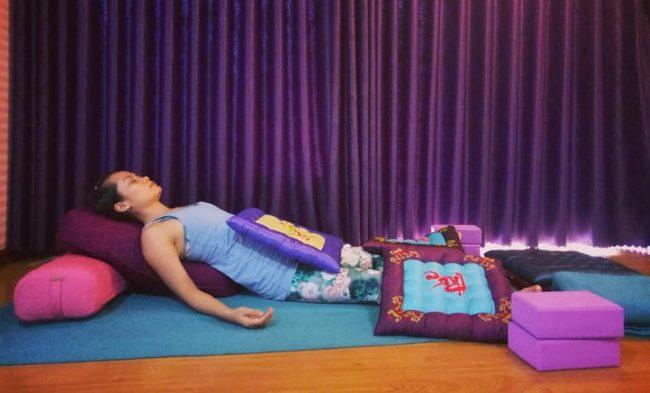 yoga phục hồi hlv yoga Bùi Châu Đảo