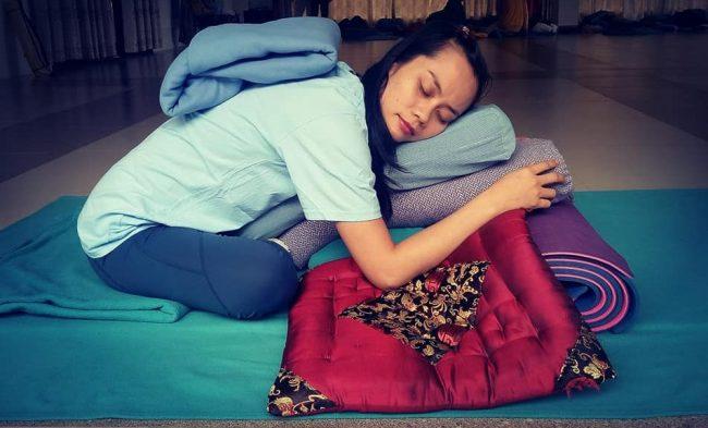 yoga phục hồi - hlv yoga Bùi Châu Đảo