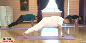 Yoga làm mạnh vai và săn chắc cánh tay