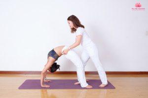 Loại hình Yoga tút lại vóc dáng thon gọn nhanh nhất?