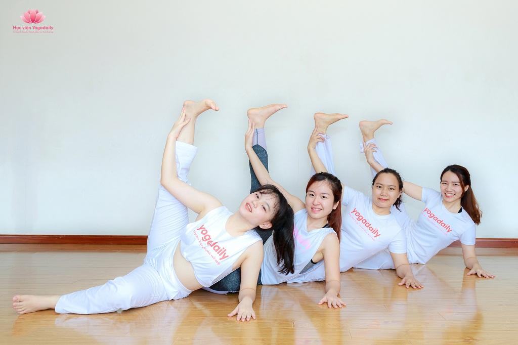 huấn luyện viên yoga yogadaily khóa 28